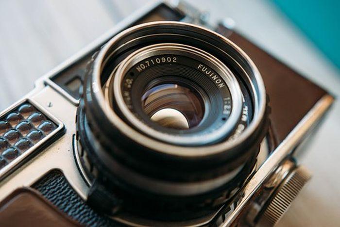 camera-801924__340